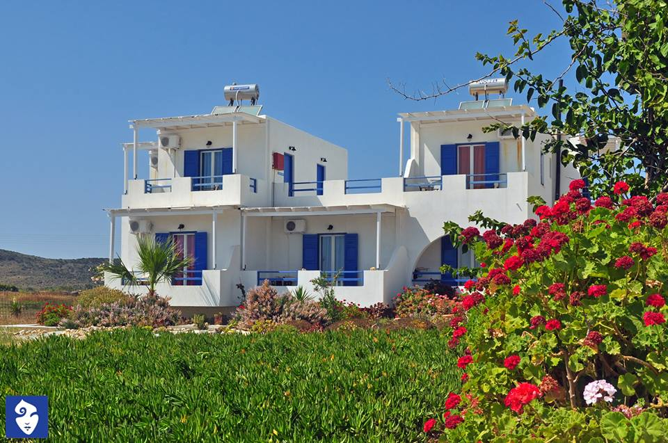 Muses. Apartments, Milos, Cyclades)