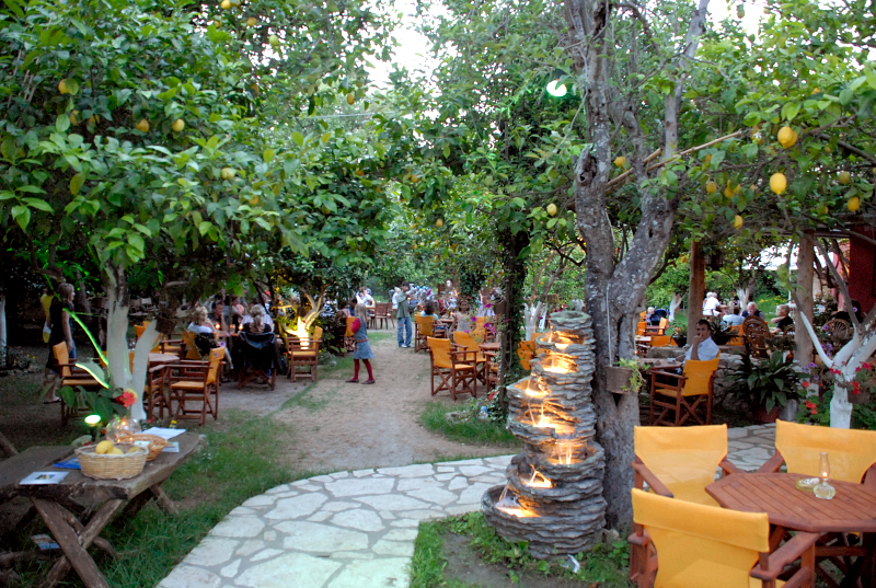 Lemon garden restaurant acharavi corfu for Backyard mural ideas
