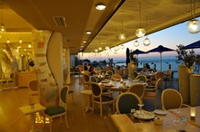 Swell Restaurant. Крит
