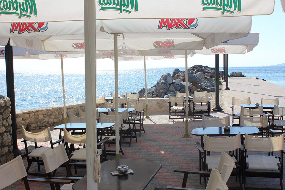 Remezzo - Cafe-Pizza, Loutra of Agia Paraskevi)
