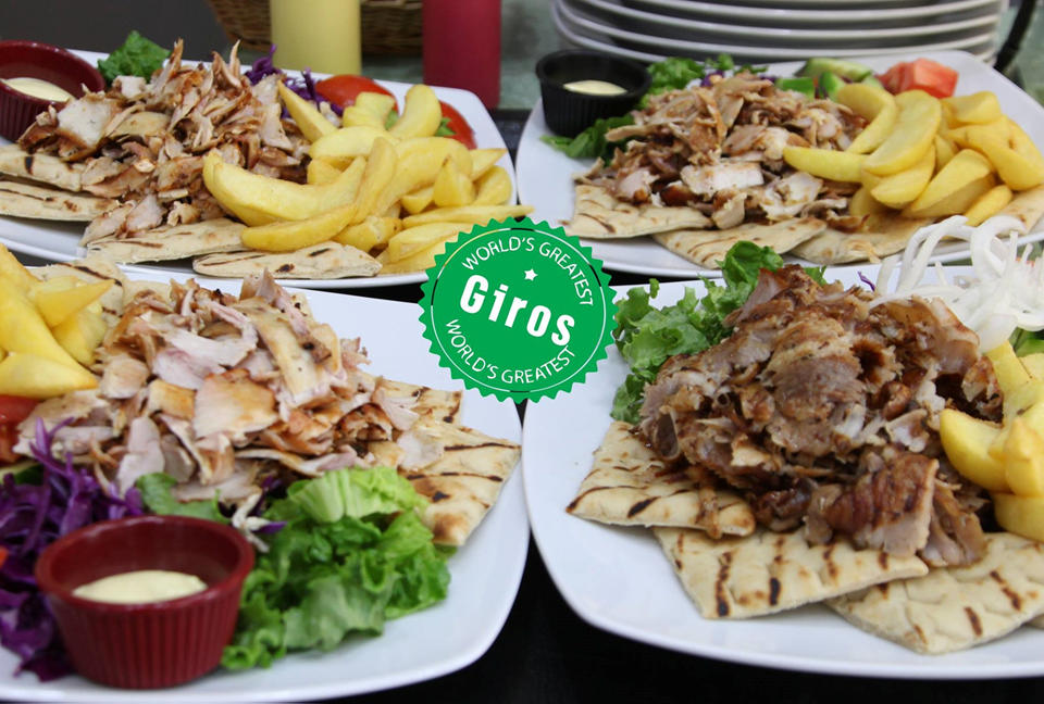 Garry´s the king of giros. Grill-bar, Hanioti