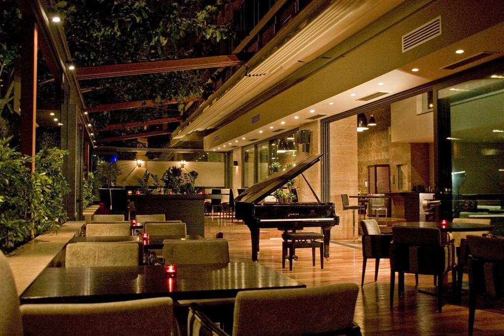 Pulitzer Piano Bar Restaurant. Athens