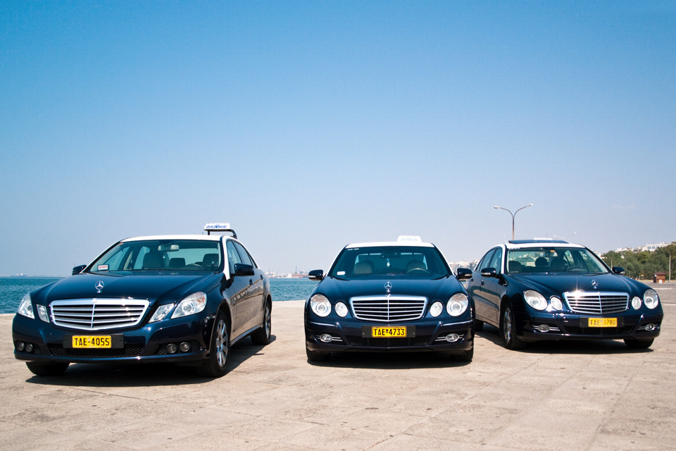 Mercedes club taxi thessaloniki for Mercedes benz service charges