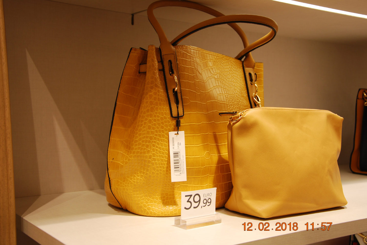 Carpisa Bags And Accessories Thessaloniki