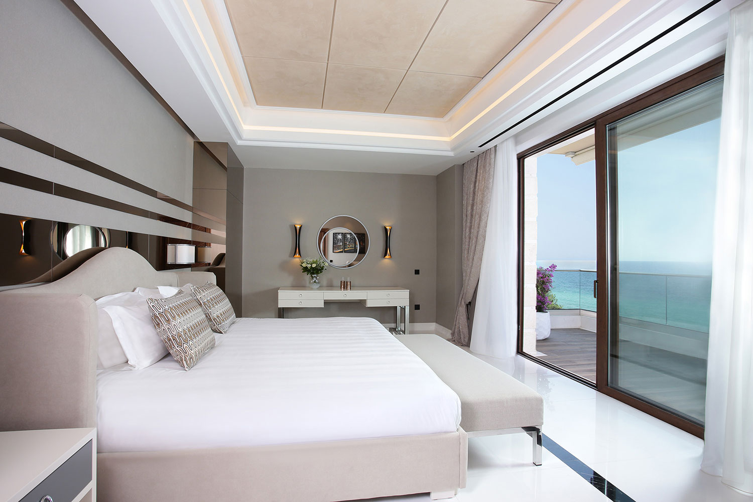 Royal Suite Master Bedroom. Pomegranate Wellness Spa Hotel