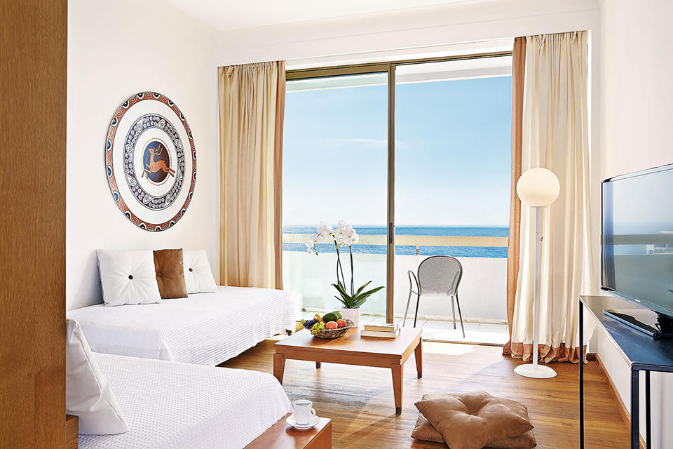 Lux Me Family Room Sea View)