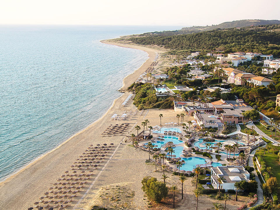 Olympia Oasis and Aqua Park one of those dream family getaways you have been imagining)