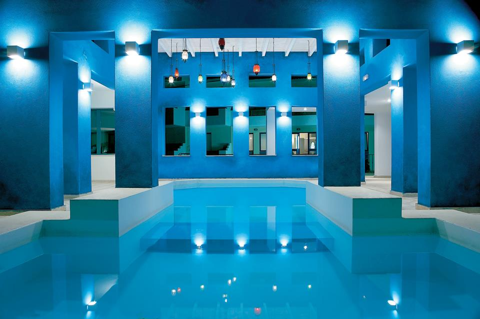 Rediscover your Senses & Rest Your Mind at the Heated Spa Pool)