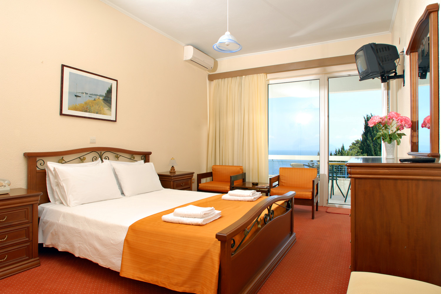 kerkira single personals It consists of three bedrooms (one with a double bed, one with three beds and one with a single bed), and a shared bathroom on the ground floor, .