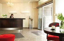 Anessis Hotel, reception