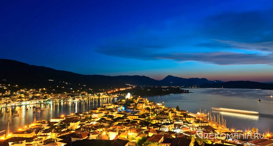 Poros night view