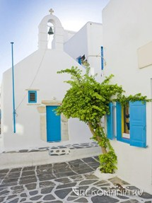 Folegandros greek church