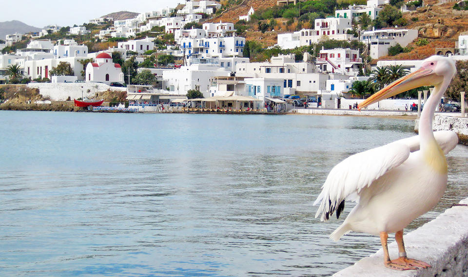 http://www.grekomania.ru/images/places/cyclades/mykonos/4807_Little-Venice-Mykonos.jpg